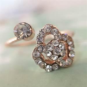Fashion women wedding rings engagement ring crystal for Bling wedding rings