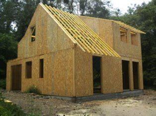 fabrication des murs et montage de maison en ossature bois