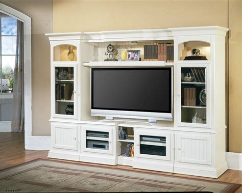hartford  pandable entertainment wall  parker house