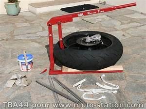Changer Un Seul Pneu : changer un pneu moto cross l 39 univers du pneu voiture et moto ~ Gottalentnigeria.com Avis de Voitures