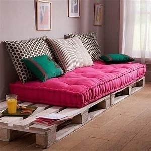 The 25 Best Ideas About Pallet Sofa On Pinterest Pallet