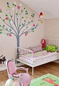 Wandgestaltung Kinderzimmer Mädchen : kinderzimmer wandgestaltung beispiele maps and letter ~ A.2002-acura-tl-radio.info Haus und Dekorationen