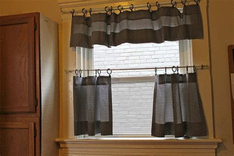 cafe curtains     curtainblinds sewing