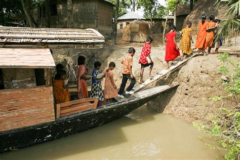 How To Make A Floating Boat For School Project by Schools In Bangladesh Are Being Built On Boats To Keep
