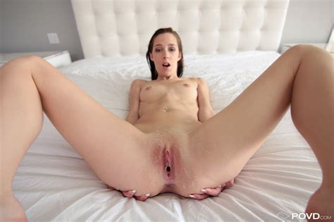 Slutty Young Lola Hunter Is Happy To Get Plundered Hard