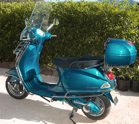 modern vespa new paint more pictures added