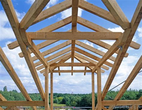 types  roof truss design