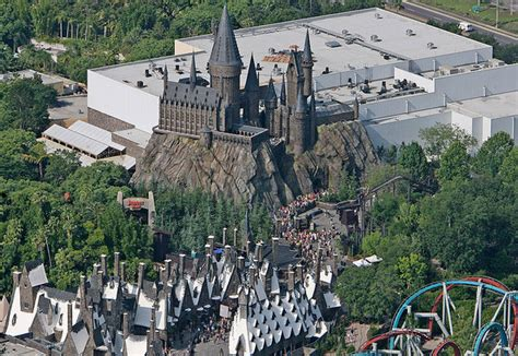 harry potter attraction to be built at universal studios