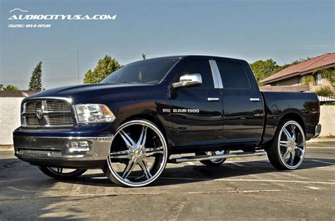 estrella cursa chrome  dodge ram  hemi white wall tires blg blogblog