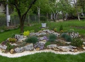 Steingarten Bilder Beispiele : steingarten anlegen welche pflanzenarten sind am besten geeignet ~ Whattoseeinmadrid.com Haus und Dekorationen
