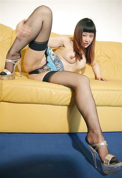 Asian Lady Seamed Stockings Platform Heels 28 Pics