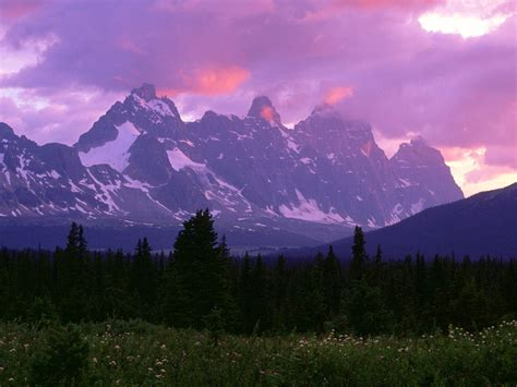 Top World Travel Destinations Canadian Rockies