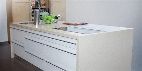 plan de travail de cuisine en quartz cuisine plan de travail en lot de cuisine moderne clair