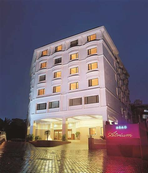 hotel abad atrium budget luxury hotel kochi rooms rates