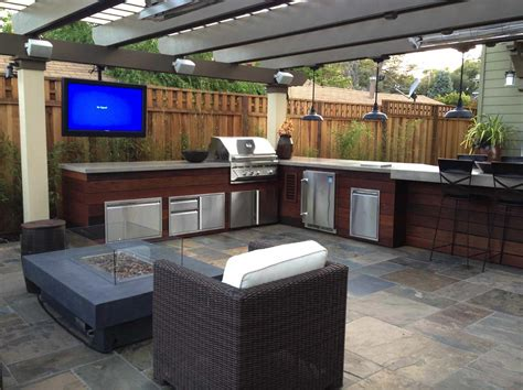 granite kitchen bar 20 spectacular outdoor kitchens with bars for entertaining