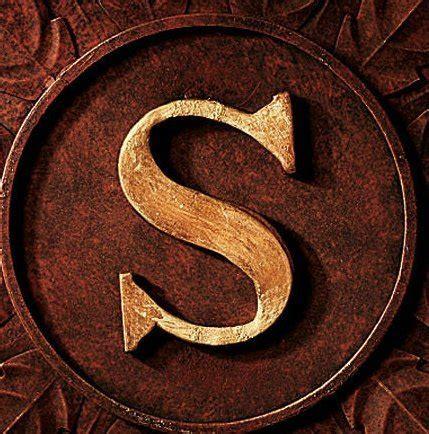 lavish iron scroll monogram initial letter wall grille plaque art metal outdoor farm garden