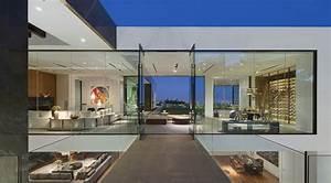 Glass homes stone exterior homes glasses house exterior for Home interior wall design 2