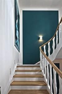 Wandgestaltung Treppenhaus Einfamilienhaus : treppenhaus einfamilienhaus gestalten ~ A.2002-acura-tl-radio.info Haus und Dekorationen