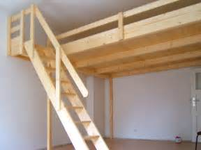 hochbett mit treppe bild 17 hochbett hochetage mit treppe bett hochbetten treppe und tischlerei