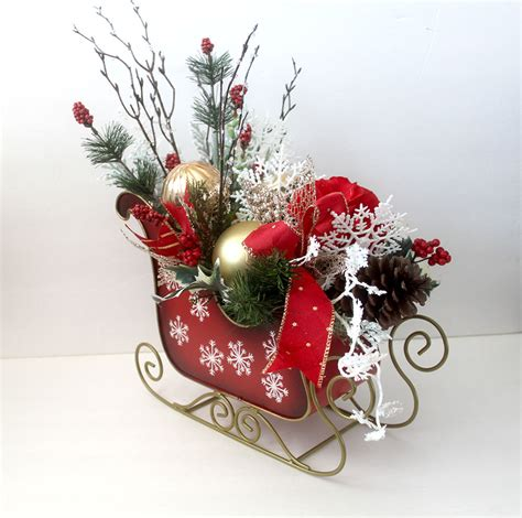 christmas centerpiece in sleigh holiday table d 233 cor