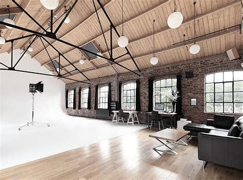 A Studio Loft Which Is A Home And Gallery by 25 Best Ideas About Loft Studio On Studio