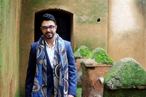 Moroccan Crooner Ahmed Chawki's New Single An Ode