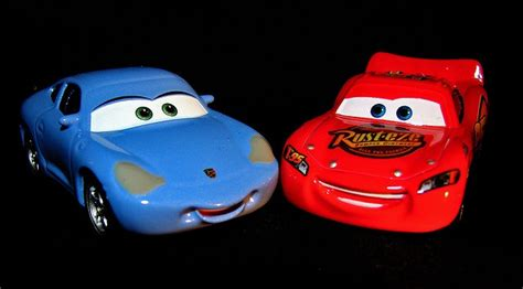 cars sally and lightning mcqueen cars 2 sally and lightning mcqueen www imgkid com the
