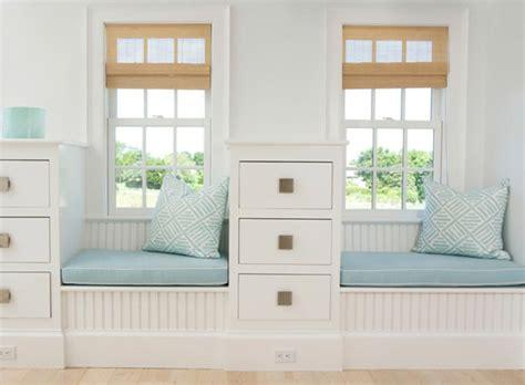 banquette pour chambre window seat ou l aménagement chambre à l ambiance