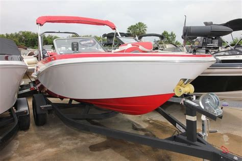 Glastron Boats Font by Glastron Gtsf 180 2014 For Sale For 29 995 Boats From