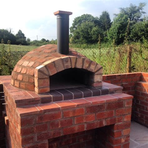 wood fired pizza ovens clay brick pizza ovens for sale uk