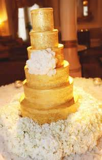 gold wedding cakes the magazine - Gold Wedding Cake