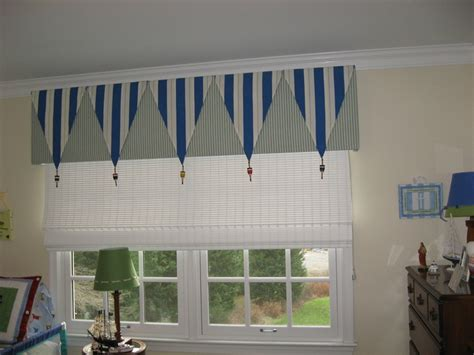 Nautical Themed Window Treatment For Kids Room
