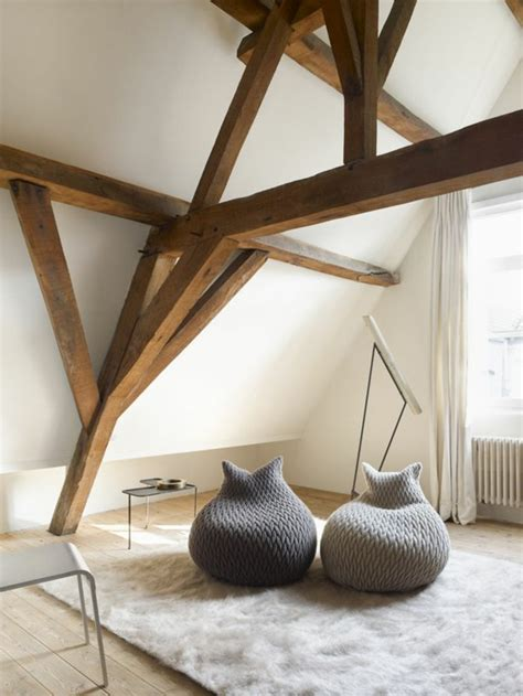 chambre a coucher moderne en bois massif la poutre en bois dans 50 photos magnifiques