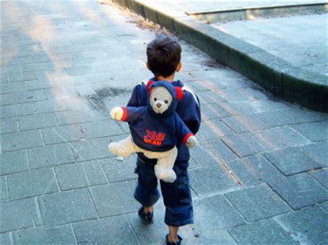 アスペルガー症候群の幼児がクラス投票で追放される Gigazine