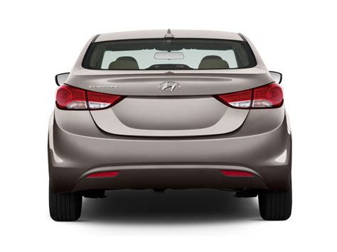 image  hyundai elantra  door sedan auto gls alabama