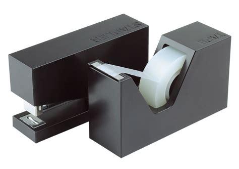 accessoires de bureau design accessoire de bureau buro set agrafeuse dévidoir noir