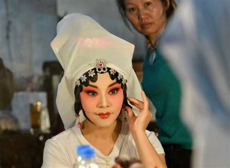 greek classic promotes chinese art culture chinadaily
