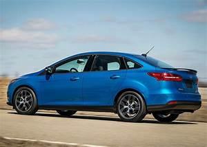 Ford Focus 1 : ford focus sedan specs 2014 2015 2016 2017 2018 ~ Melissatoandfro.com Idées de Décoration