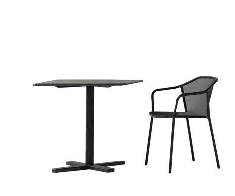 chaise en acier chaise en acier avec accoudoirs collection darwin by emu