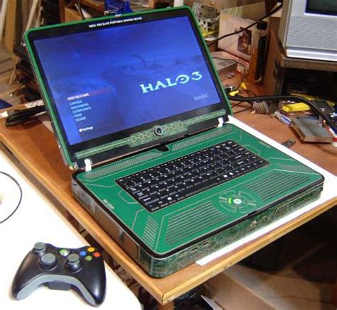 Geeky Gaming The Halo 3 Xbox 360 Elite Laptop Mod