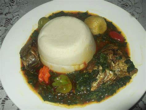 recette cuisine africaine sauce crin crin et pâte de maïs bénin miam miam