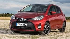 Toyota Yaris Sport : toyota yaris hatchback review carbuyer ~ Medecine-chirurgie-esthetiques.com Avis de Voitures