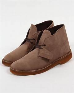 Clarks Originals Desert Boot : clarks originals desert boot in suede wolf grey shoes mens ~ Melissatoandfro.com Idées de Décoration