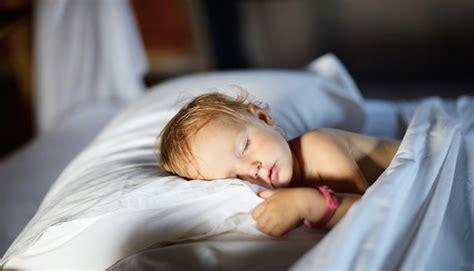 comment convaincre votre enfant de retourner dormir dans lit b 233 b 233 s et mamans