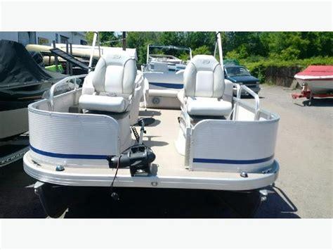Princecraft Pontoon Boat Seats by Pontoon Boat Princecraft Sportfish 20 Central Ottawa