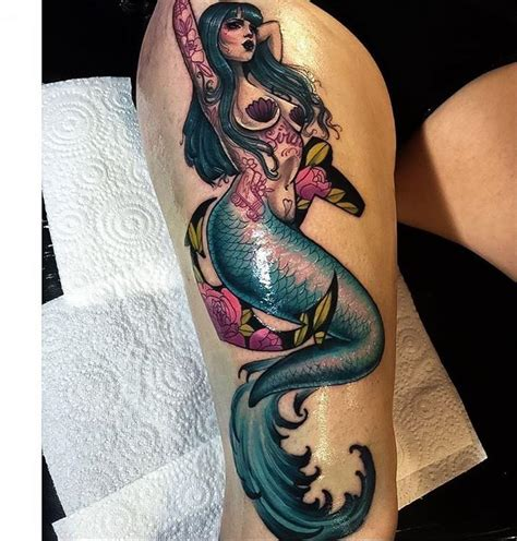 cool mermaid tattoo idea      stunning