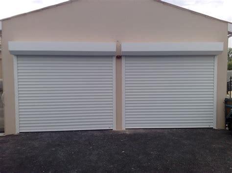 porte de garage roulante porte garage enroulable coffre blanche centpourcentpose