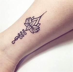 Dessin Fleche Tatouage : top 60 des tatouages sur le th me de l 39 unalome ~ Melissatoandfro.com Idées de Décoration
