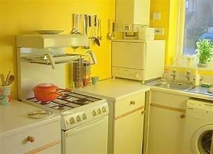 yellow kitchens 1523