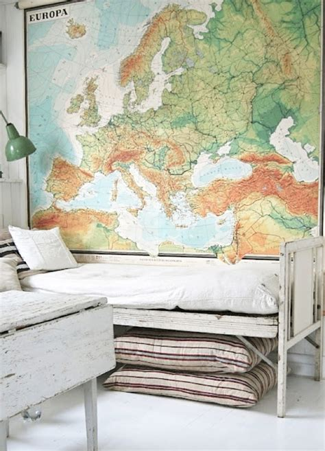 Kids Globes and Maps